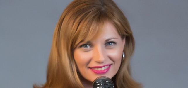 Estrella Victoria Piqueras Pineda – Soprano Opera